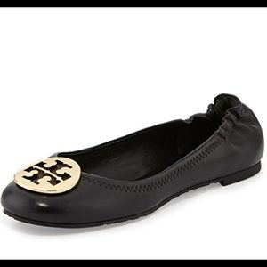 Tory Burch Reva 10.5 black gold logo